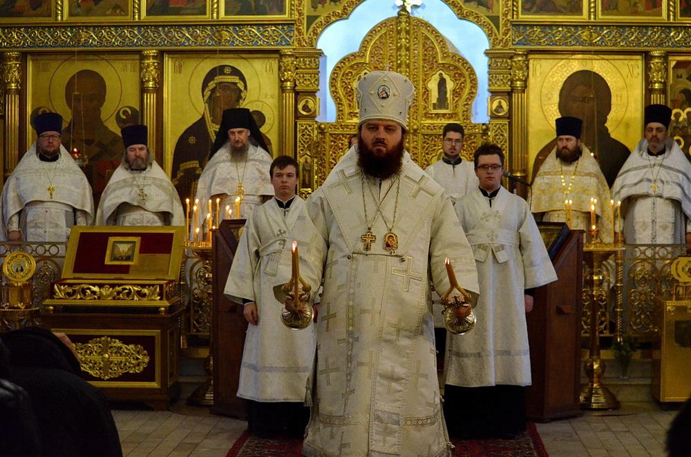 Архиерейское богослужение. 21 января 2019 года. Автор Владимир Саяпин.